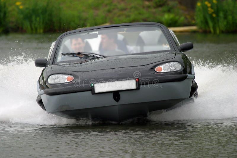 De Auto van Aqua