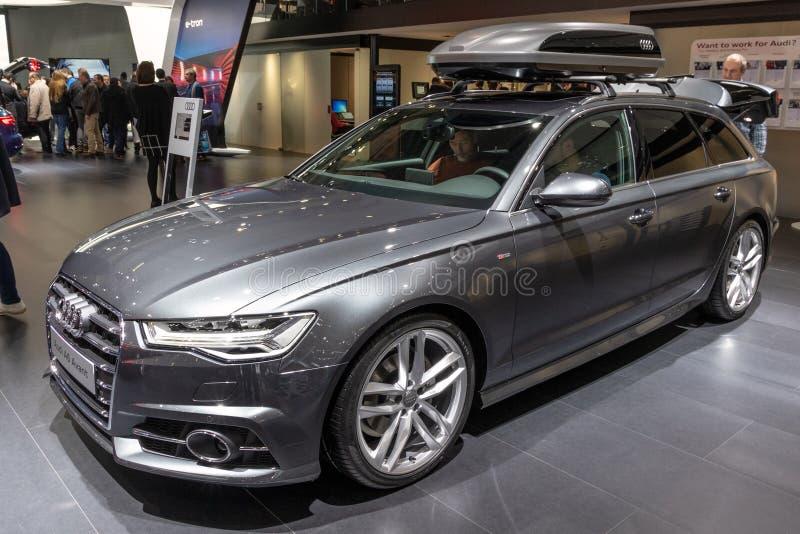 De auto van Audi A6 Avant stock afbeelding