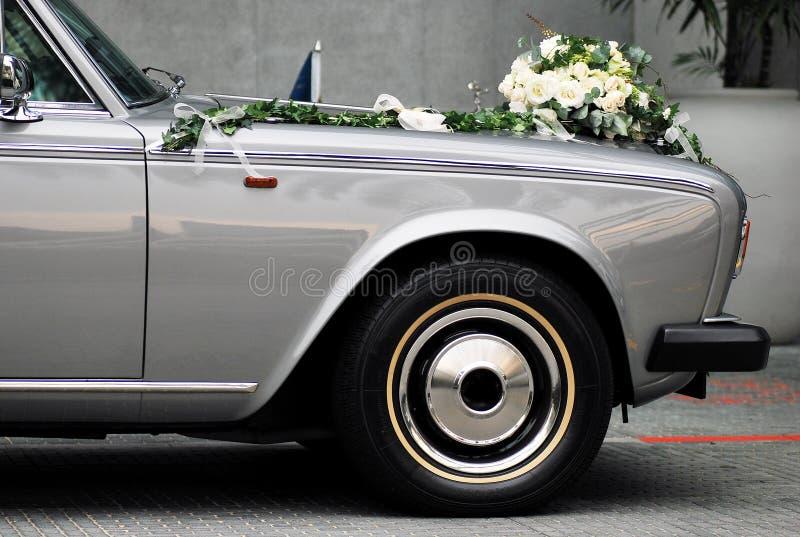 De Auto van het huwelijk stock foto's