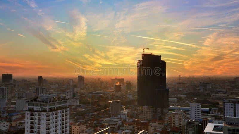 De Avondoverzicht van Phnompenh stock foto's
