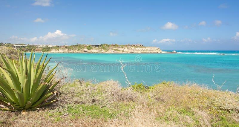 De baai van de duivels` s Brug - Caraïbische overzees - Antigua en Barbuda royalty-vrije stock foto's
