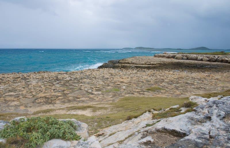 De baai van de duivels` s Brug - Caraïbische overzees - Antigua en Barbuda stock foto