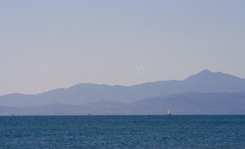 De baai van Leucate stock fotografie