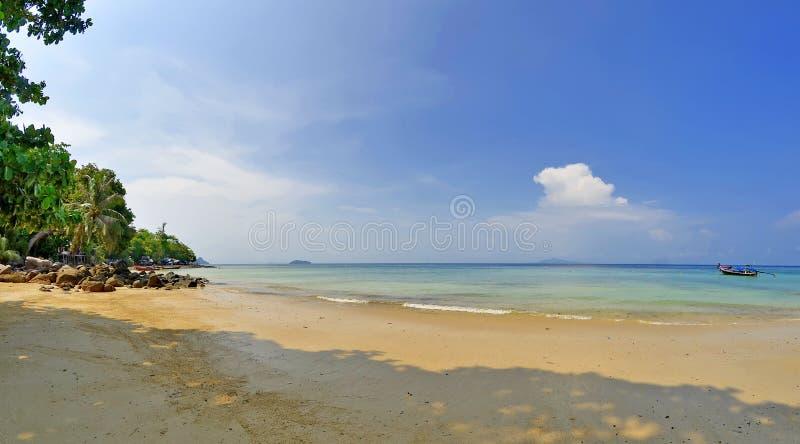 De baai van Phaknam in Koh Phi Phi Don royalty-vrije stock foto