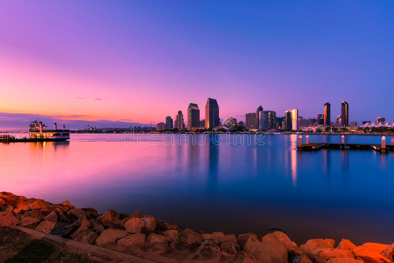 De Baai van San Diego bij Zonsondergang royalty-vrije stock fotografie