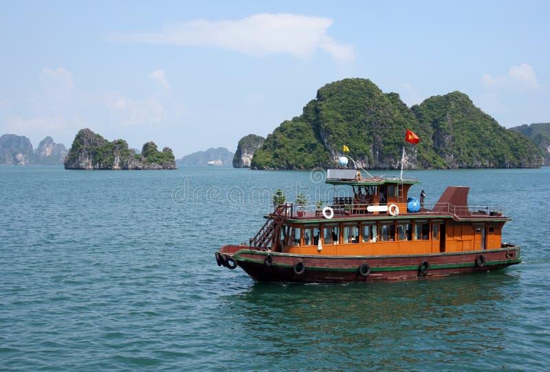 De baai Vietnam van Halong royalty-vrije stock afbeeldingen