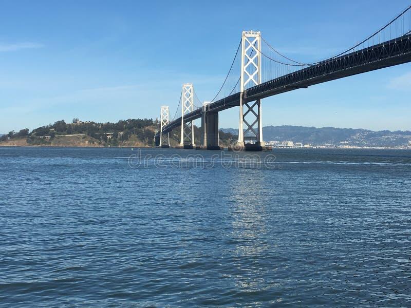 De Baaibrug, van San Francisco in Eiland van Yerba Buena, 2 stock foto's