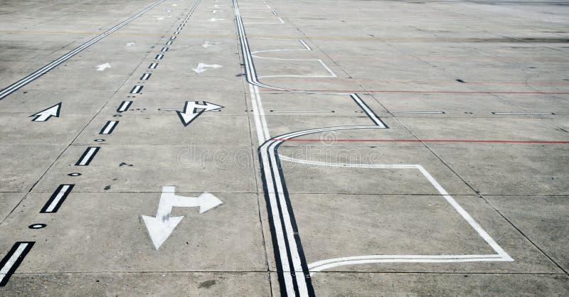 De baan van de luchthaven royalty-vrije stock afbeeldingen