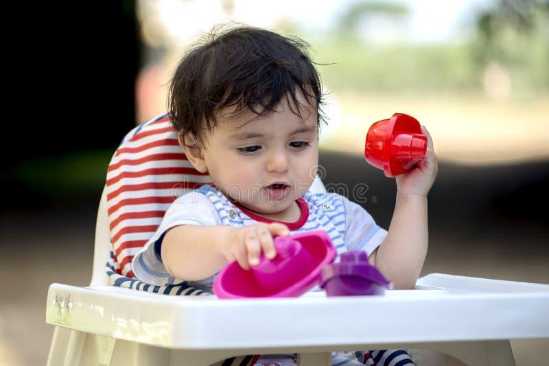 De baby speelt royalty-vrije stock foto's