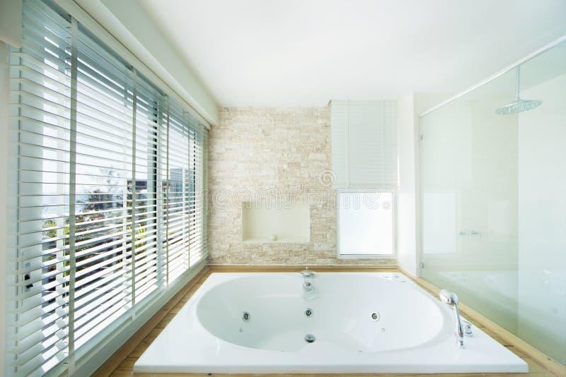De badkuip van de luxe royalty-vrije stock foto's