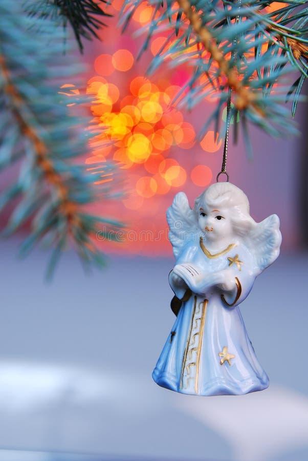 De bal van Kerstmis - engel stock foto's