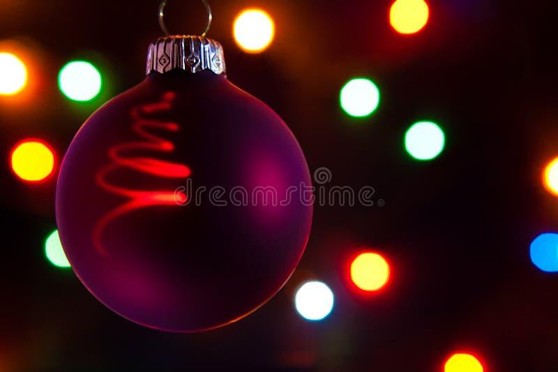 De bal van Kerstmis van Re? royalty-vrije stock afbeelding