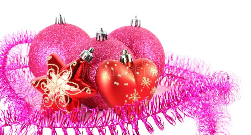 De ballen van de kerstboom achter ster en hart royalty-vrije stock afbeeldingen