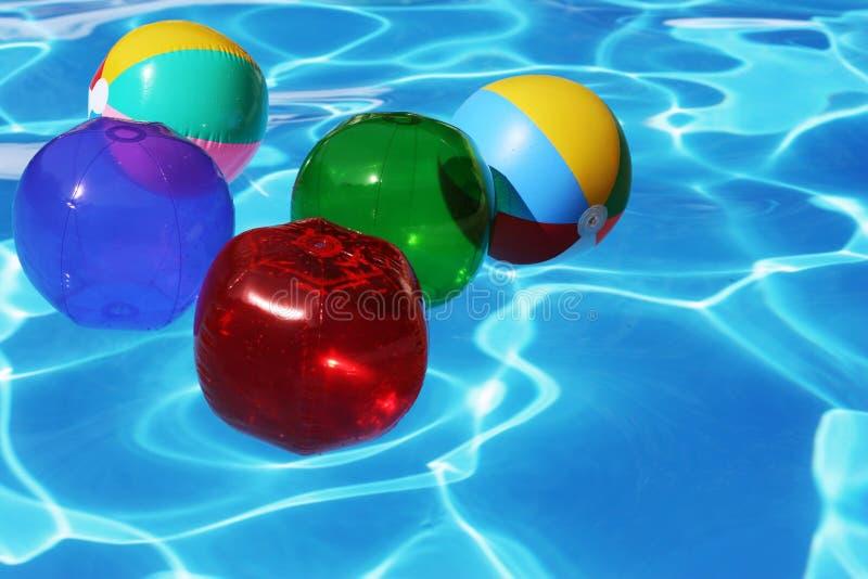 De Ballen van het strand royalty-vrije stock afbeeldingen