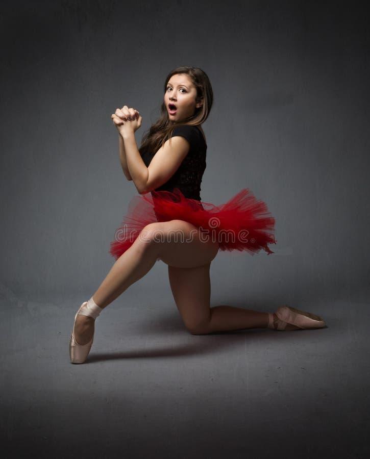 De ballerina die met handen bidden clapsed royalty-vrije stock foto's