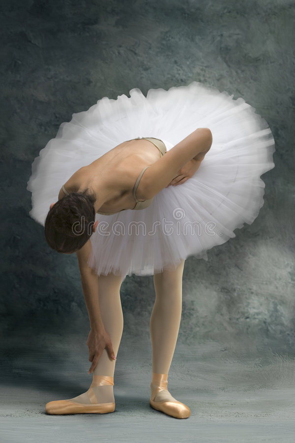 De ballerina van het ballet in pijn stock afbeelding