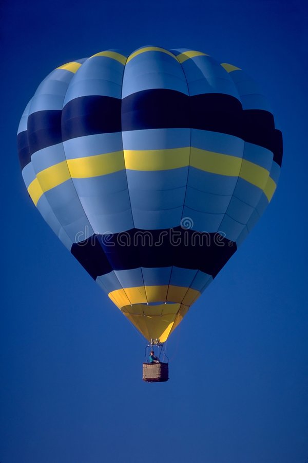 Download De Ballon Van De Hete Lucht Stock Foto - Afbeelding: 46684