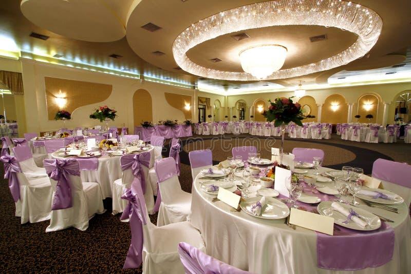 De balzaal van het huwelijk of van het banket royalty-vrije stock foto