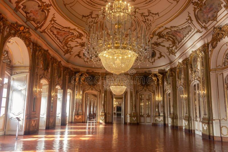 De balzaal van Nationaal Paleis Queluz stock afbeeldingen