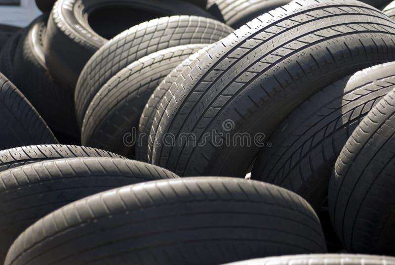 De banden van de auto stock afbeelding