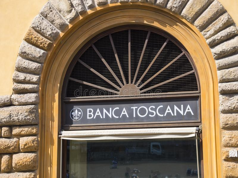 De de Bankbouw van Toscanië in Florence riep Banca Toscanië - FLORENCE/ITALIË - SEPTEMBER 12, 2017 stock afbeeldingen