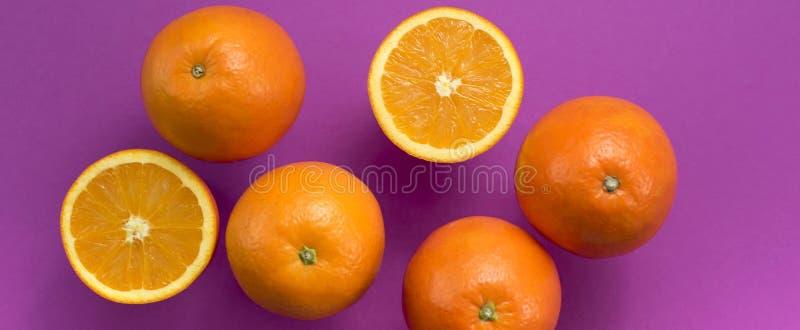 De banner oranje is Tropische Fruitultraviolet Als achtergrond royalty-vrije stock foto's