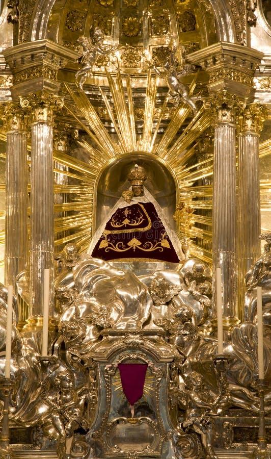 De basiliek van Mariazell - het heilige standbeeld van Mary stock fotografie