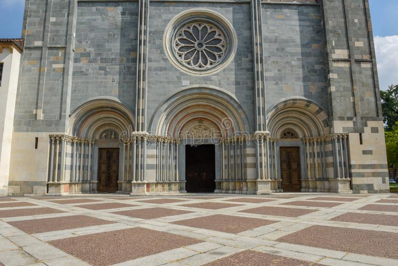 De Basiliek van Sant ` Andrea in Bercelli op Italië stock foto's