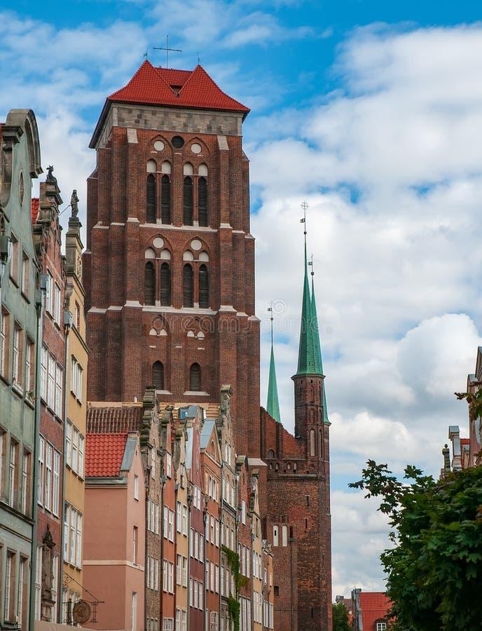 De basiliek van Veronderstelling zegende Maagdelijke Mary in oude historische stad Gdansk, Polen stock afbeeldingen