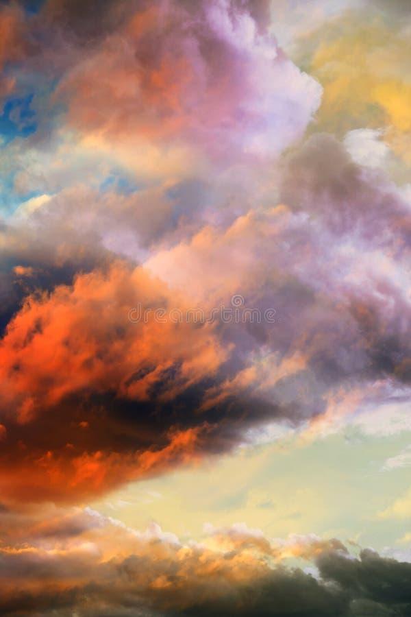 De beaux nuages en hiver vv photos libres de droits