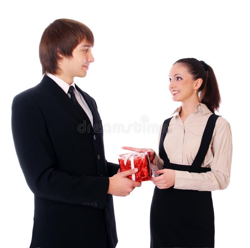 De bedrijfs Mens wenst werknemer geluk stock foto