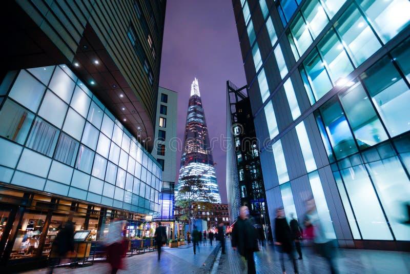 De bedrijfsbureaubouw in Londen, Engeland stock foto's