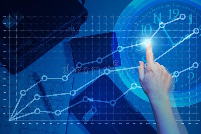 De bedrijfsvrouw toont de winstgroei op bedrijfsgrafiek stock illustratie