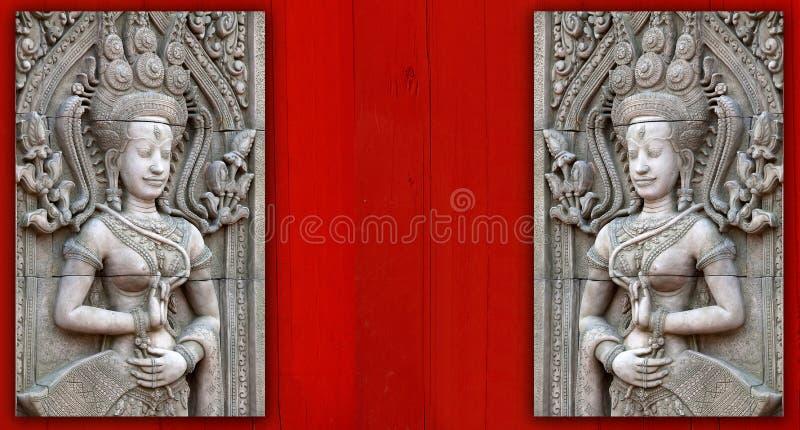 De beeldhouwwerken van Apsara in Angkor Wat royalty-vrije stock foto