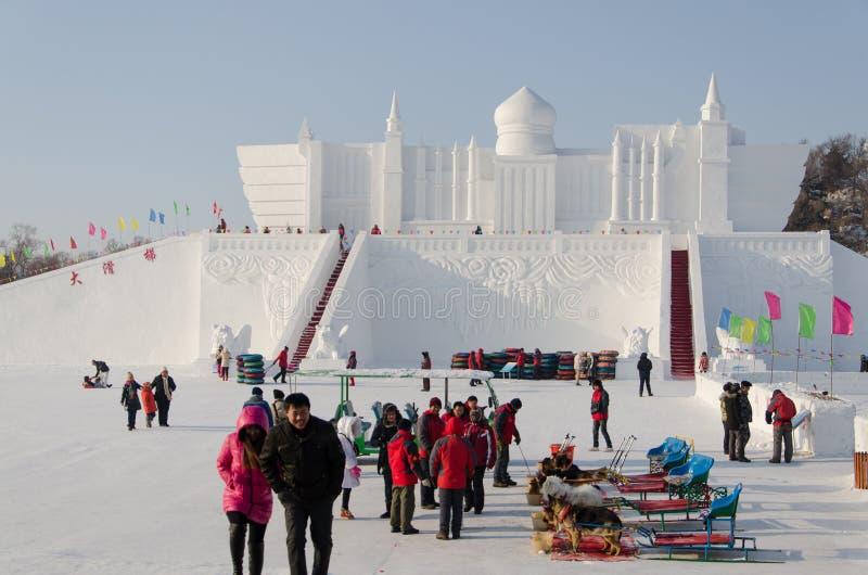De Beeldhouwwerken van de sneeuw bij het Festival van het Ijs en van de Sneeuw van Harbin in Harbin China royalty-vrije stock fotografie