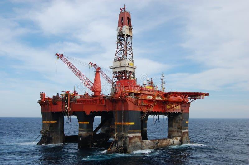 De behandeling van het anker van Semi submergible in Noordzee royalty-vrije stock fotografie