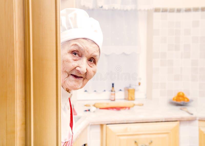 De bejaarden koken royalty-vrije stock foto