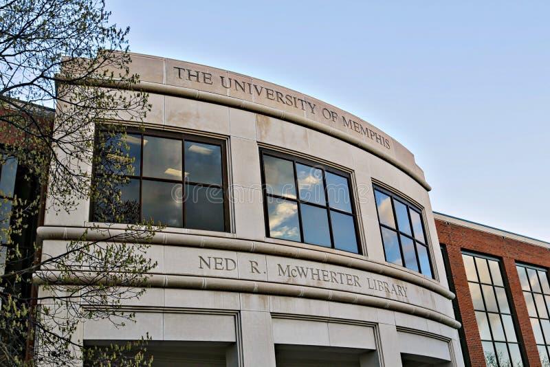 De Belangrijkste Bibliotheek op de campus van de Universiteit van Memphis stock afbeelding