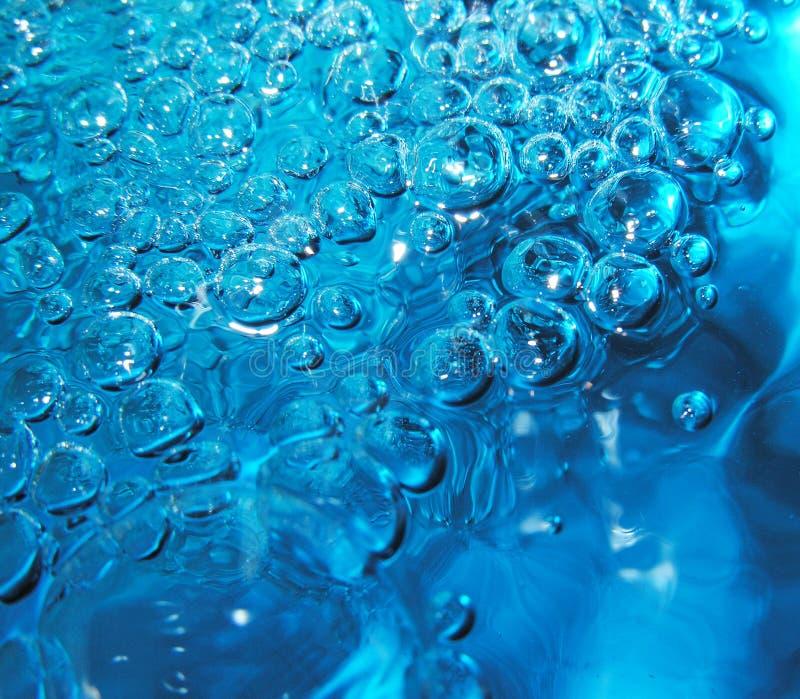 Download De bellen van het water stock foto. Afbeelding bestaande uit rimpeling - 282854