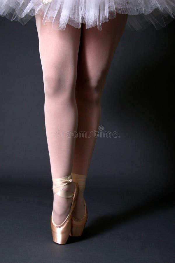 De Benen van de ballerina royalty-vrije stock fotografie