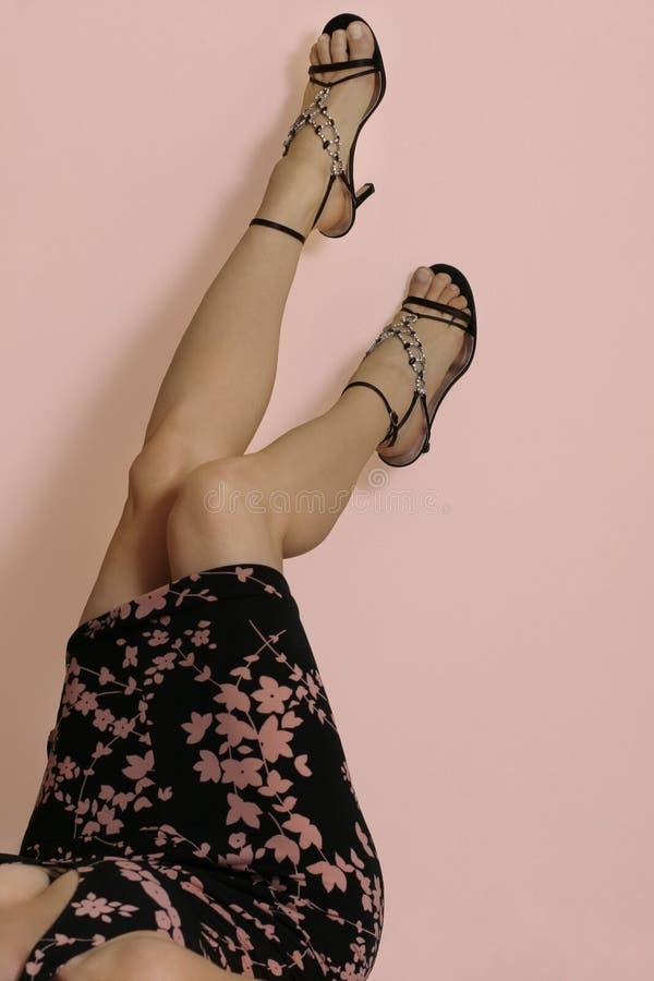De benen van de zomer stock afbeelding