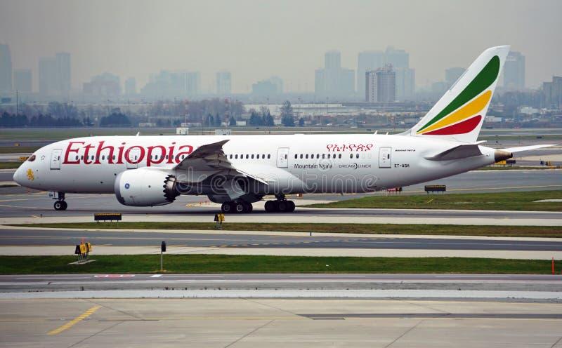De Berg Nyala Boeing 787 Dreamliner van Ethiopian Airlines (ET) stock fotografie