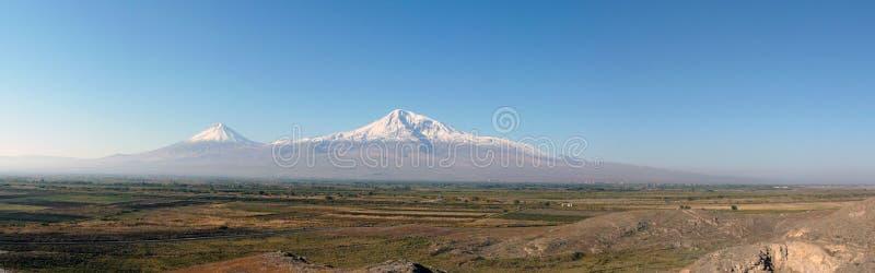 De berg van Ararat. Panorama royalty-vrije stock afbeeldingen