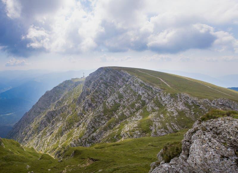 De berg van Caraiman royalty-vrije stock fotografie