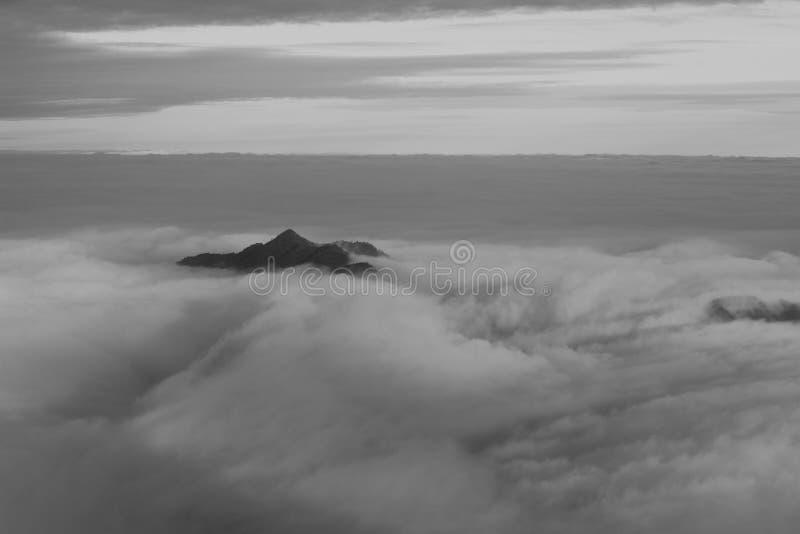 De Berg van China Sanqing stock afbeeldingen