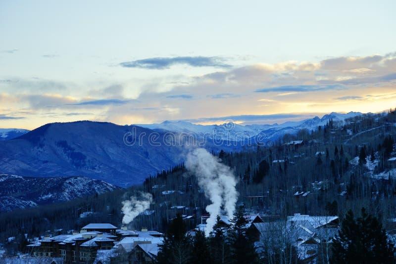 Download De berg van Colorado stock foto. Afbeelding bestaande uit berg - 107708804