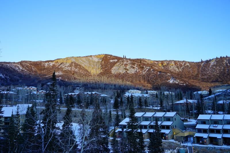 Download De berg van Colorado stock afbeelding. Afbeelding bestaande uit land - 107709015