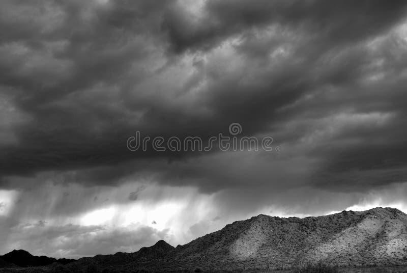 De Berg van de woestijn stock afbeeldingen