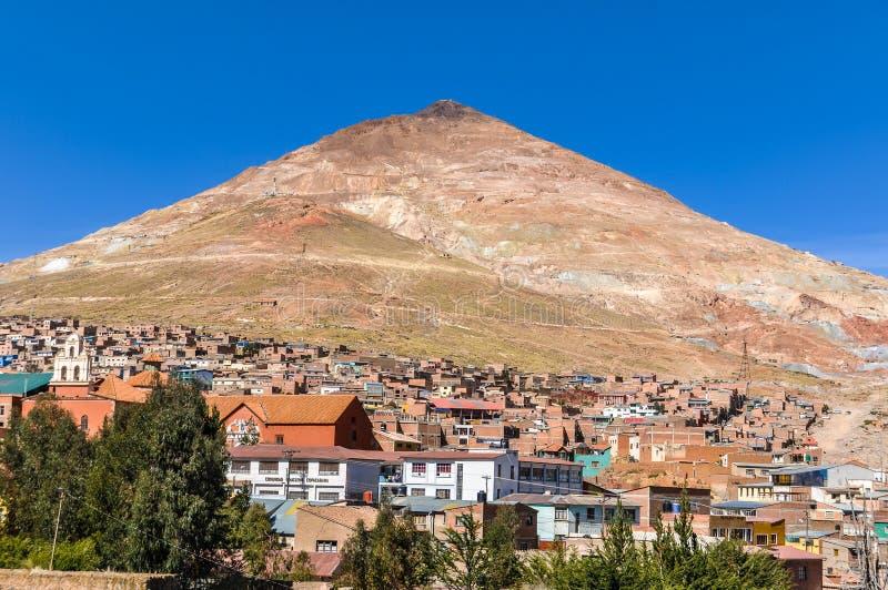 De berg van Huaynapotosi in Bolivië stock afbeeldingen