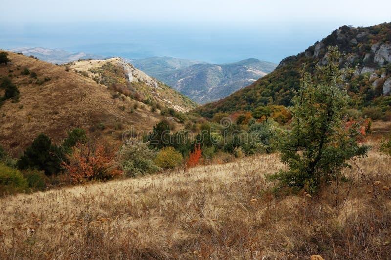 De Berg van de Krim Demerdzhi in de herfst royalty-vrije stock afbeelding